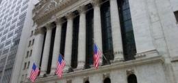 Die Anleger vertrauen Satoshi Nakamoto mehr als der US-Notenbank